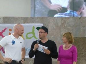 von links: UNICEF – Botschafter Alexander Gerst, Astronaut, Moderator Ben, UNICEF – Schirmherrin Daniela Schadt