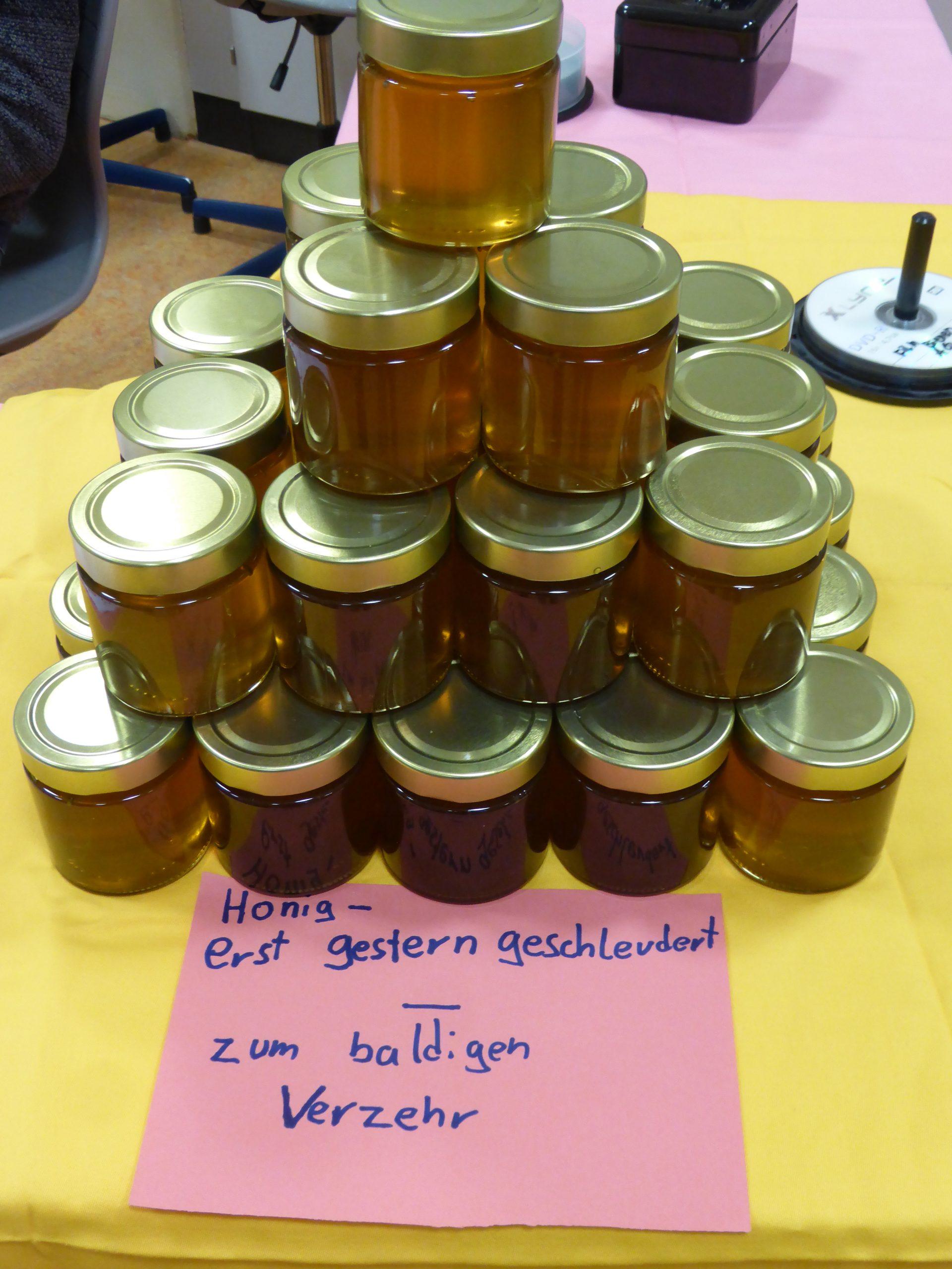 Unser schuleigener Honig